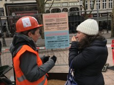 2018-03-08 Internationaler Frauentag Chantiers Place d'Armes Luxembourg AC (53) Signal