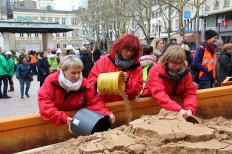 2018-03-08 Internationaler Frauentag Chantiers Place d'Armes Luxembourg AC (213) Signal