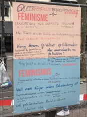2018-03-08 Internationaler Frauentag Chantiers Place d'Armes Luxembourg AC (311) Signal